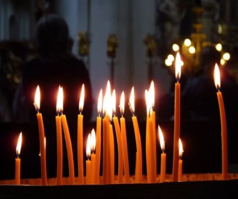 Thousands watch Orthodox Easter Resurrection servicesonline